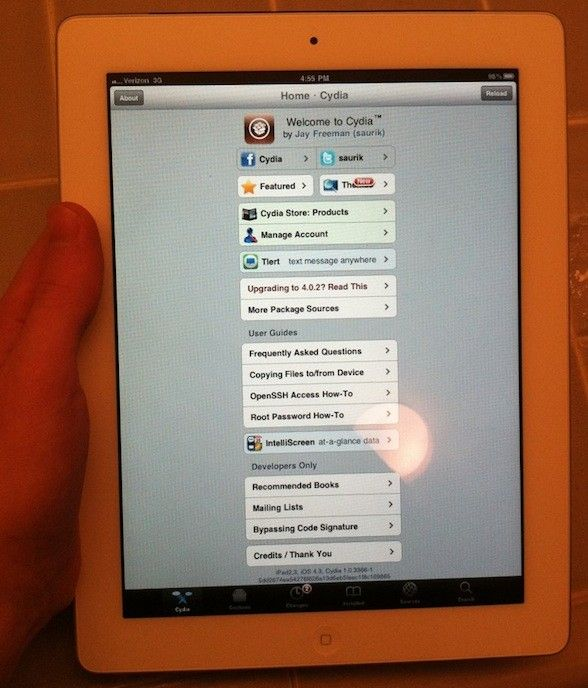 Zabezpieczenia iPada 2 już złamane