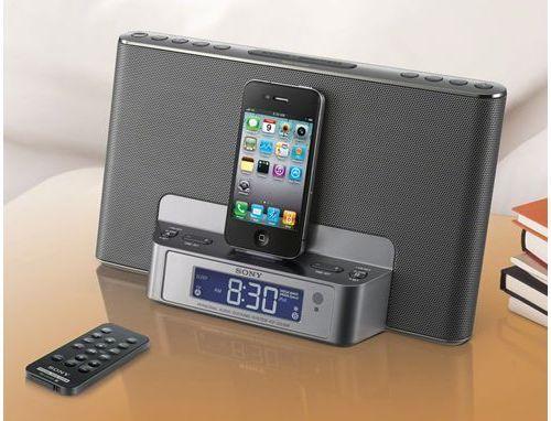 Nowy radiobudzik Sony ICF-DS15iP dla iPhone i iPoda