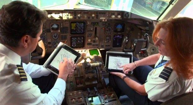 iPad okazuje się być niezwykle przydatnym narzędziem w lotnictwie [wideo]
