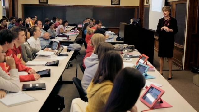 Szkoły w San Diego wydadzą 15 milionów dolarów na 26 tysięcy iPadów dla uczniów