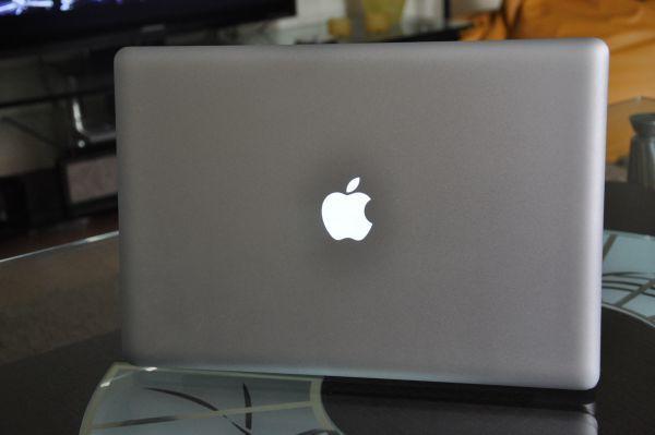 MacBook Pro i7 15 cali