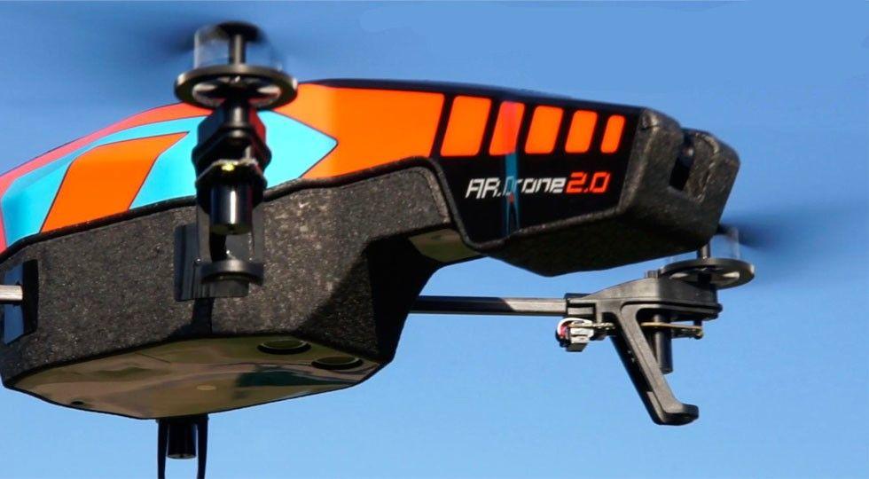 AR.Drone 2.0 – czyli coś dla miłujących się w gadżetach