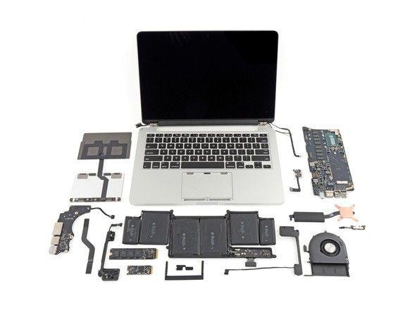 Macbook Pro Retina 2013 rozebrany na części pierwsze
