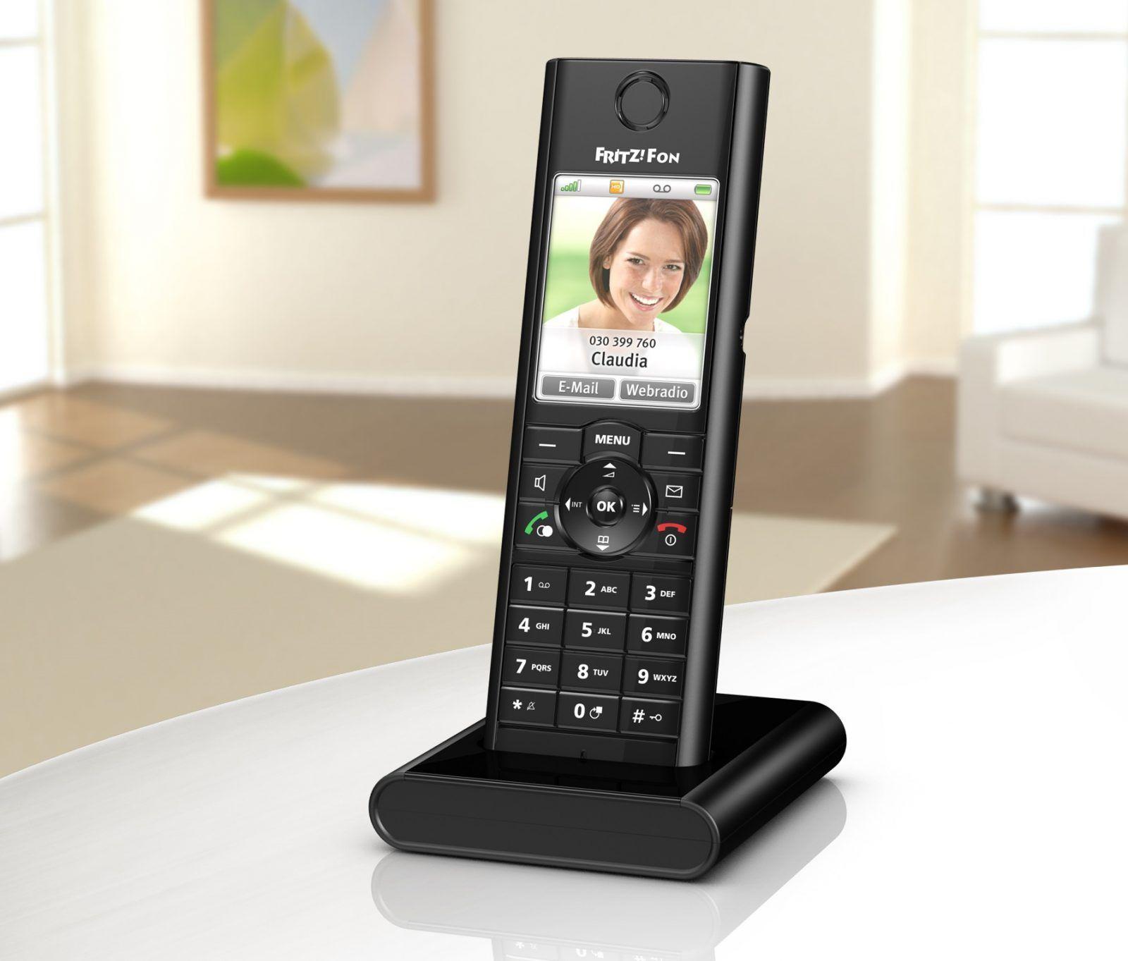 Inteligentny telefon domowy  FRITZ!Fon MT-F wyznacza nowe standardy