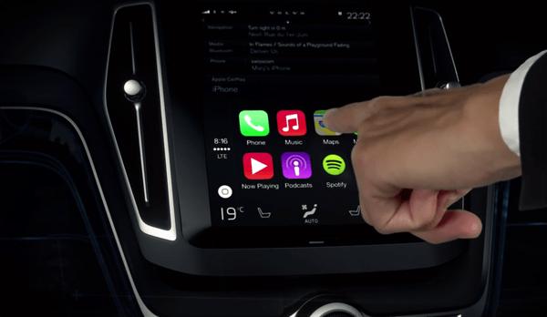Volvo prezentuje możliwości CarPlay