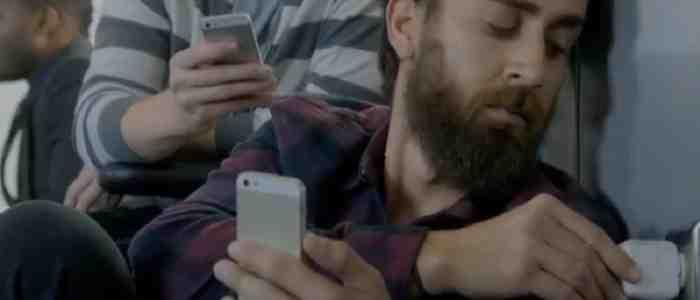 Samsung parodiuje Apple