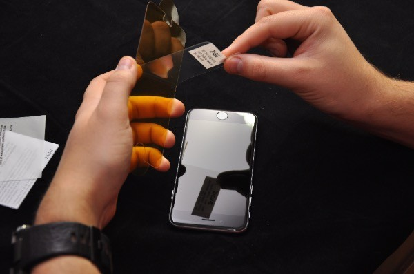 Recenzja Invisible Shield GLASS dla iPhone 6 19