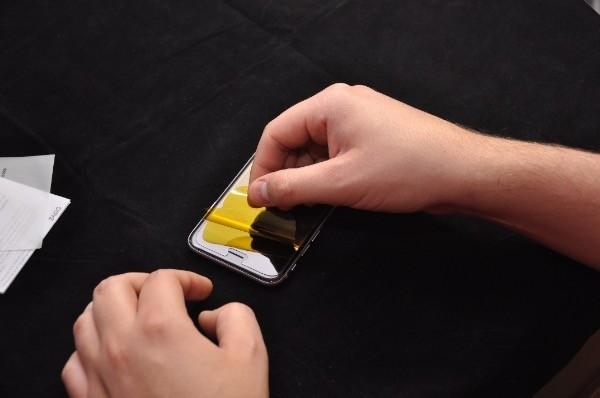 Recenzja Invisible Shield GLASS dla iPhone 6 29
