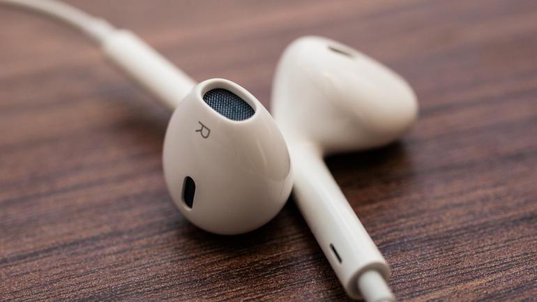 Jak poznać oryginalne słuchawki Earpods i odróżnić je od podróbek?