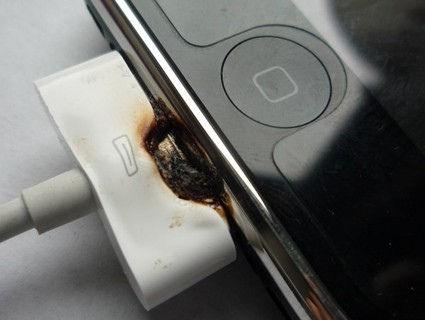 Jak odróżnić oryginalny kabel i ładowarkę APPLE dla iPhone'a od podróbki?