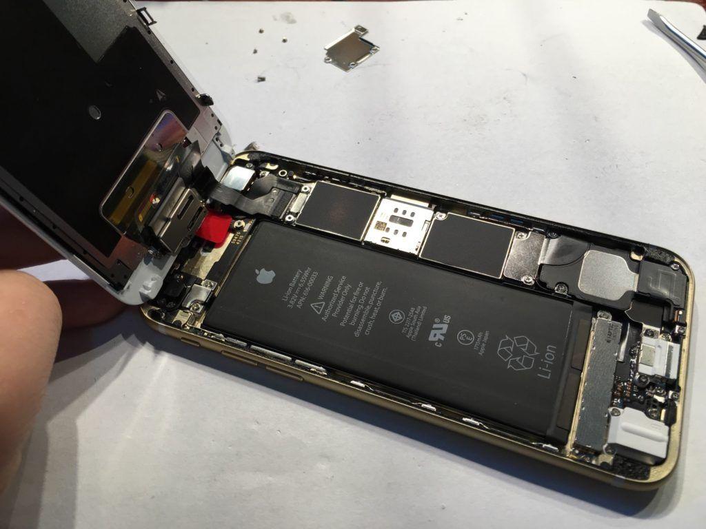 Wymiana baterii w iPhone, wybuchająca bateriw a iphone Applemobile.pl 4