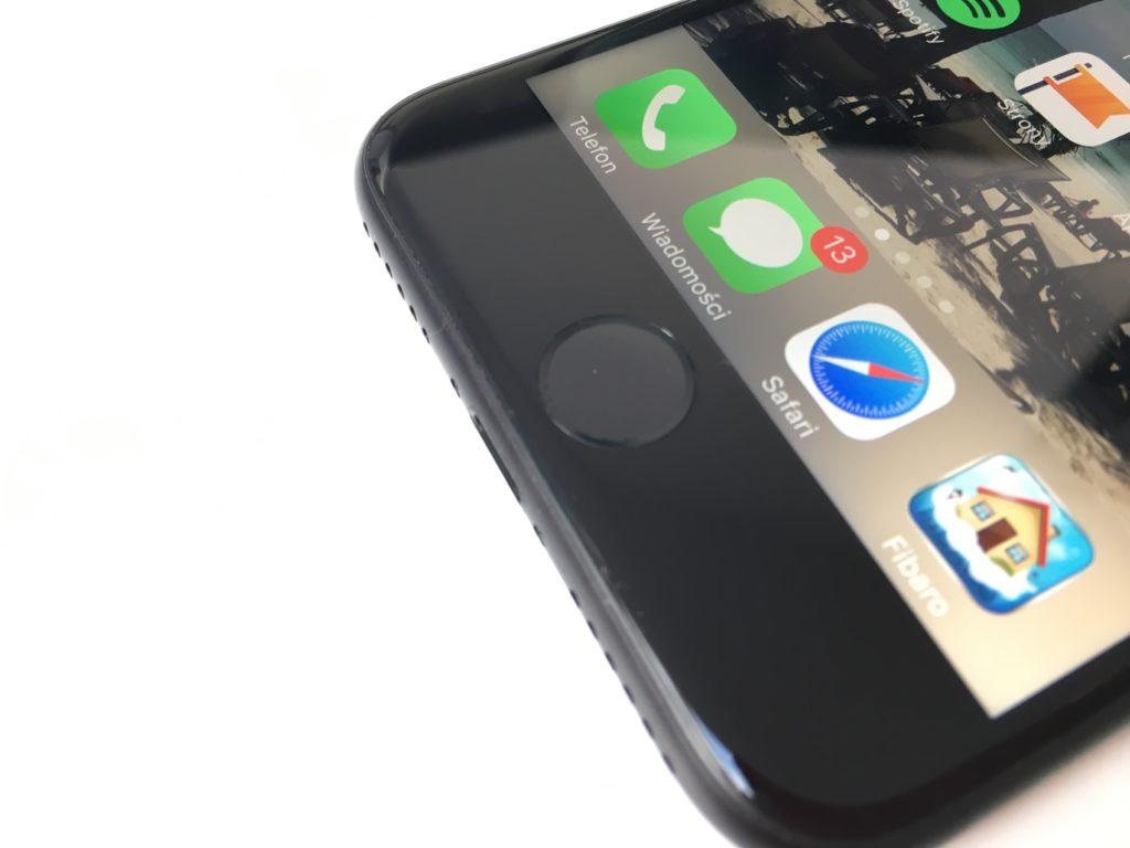 ekran Retina w iPhone 7 po wymianie wyświetlacza w iPhone Serwis APPLEMOBILE.PL