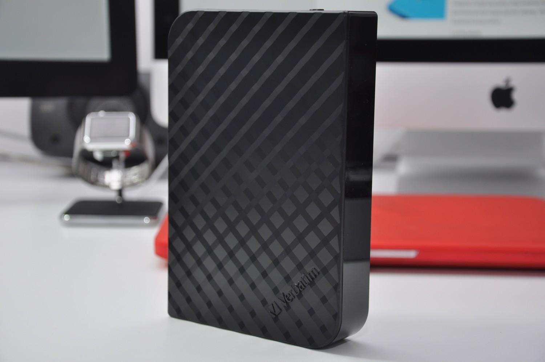 Recenzja Verbatim Store 'n' Save 4TB – pojemny, szybki i piękny dysk biurkowy