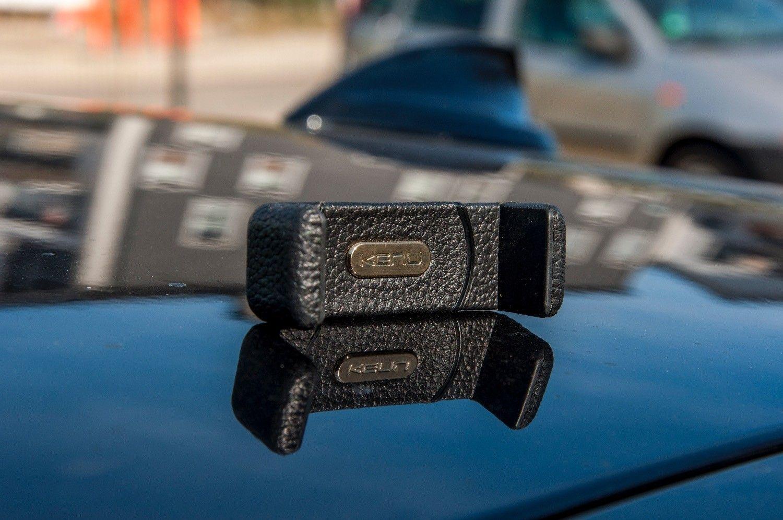 Recenzja KENU AIRFRAME+ Leather Edition, uchwyt samochodowy, który zabieram na każdy wyjazd