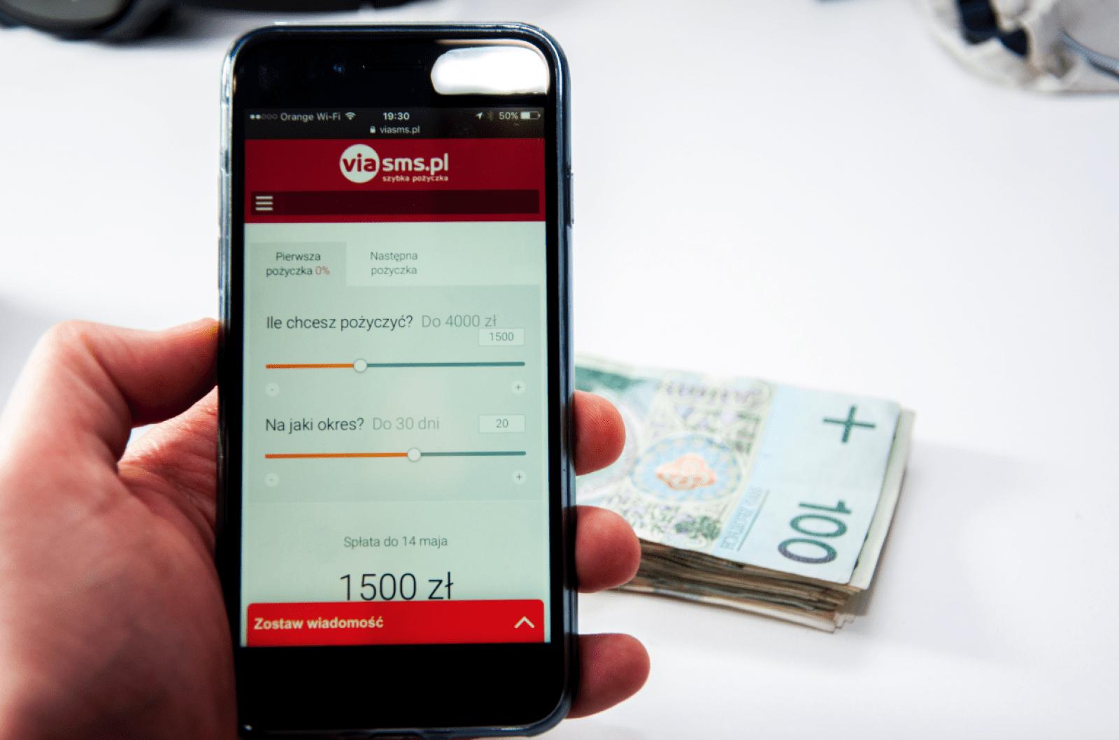 VIASMS.PL pozwala pożyczyć pieniądze przez telefon