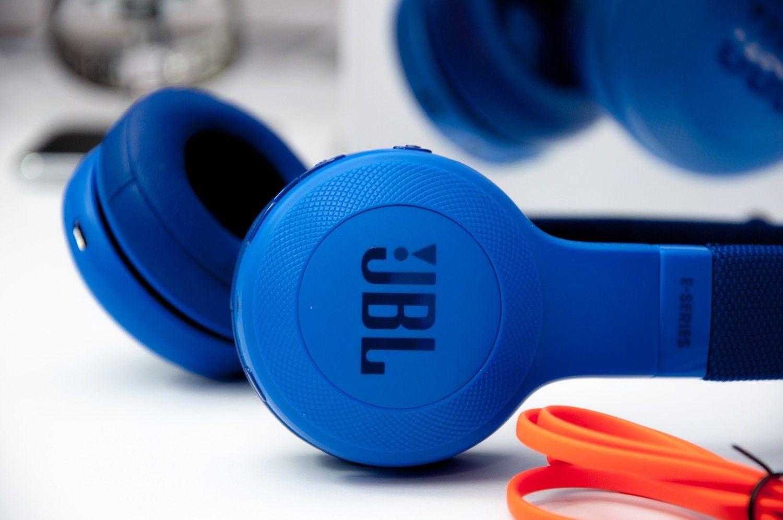 Recenzja JBL E45BT – słuchawki Bluetooth w bardzo uczciwej cenie
