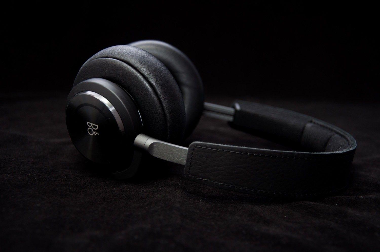 Recenzja Bang & Olufsen BEOPLAY H9 – słuchawki kompletne z systemem ANC