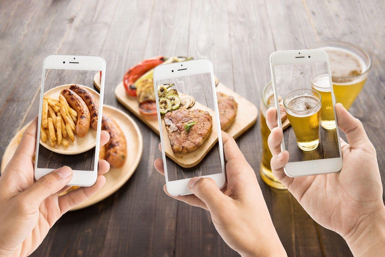 Kto jest głodny, ma iPhone'a i chce zniżkę na jedzenie?