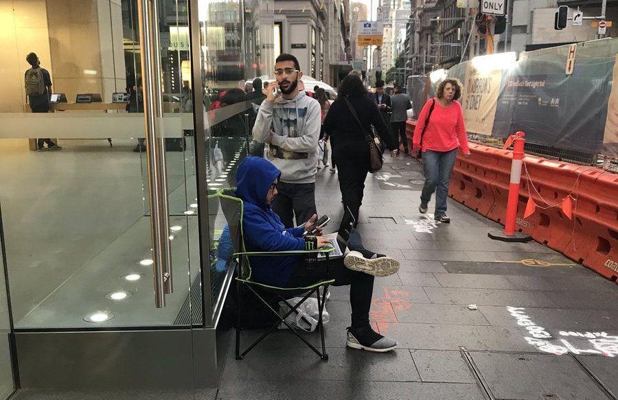 Niektórzy już czekają w kolejce po nowego iPhone'a