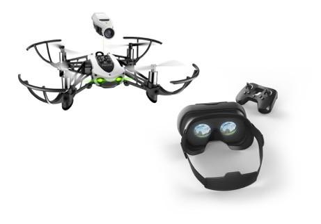 Parrot Mambo FPV: dron wyścigowy z goglami VR w zestawie