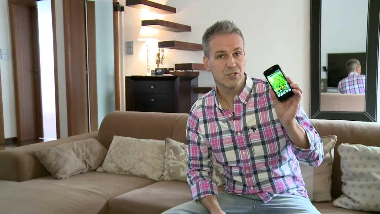 """""""Tylko żoną i córkami nie zarządzam iPhonem"""" – Zbigniew Urbański, znany między innymi jako prowadzący programu Gadżet czy Twardy Reset o swojej słabości do produktów Apple"""