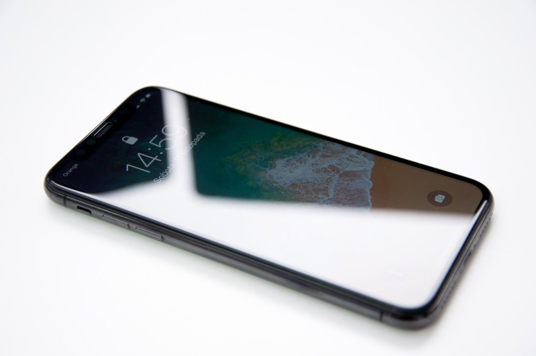 Recenzja REMAX 3D GLASS Shield – szklany protektor hartowany dla iPhone'a X chroniący przód i tył urządzenia