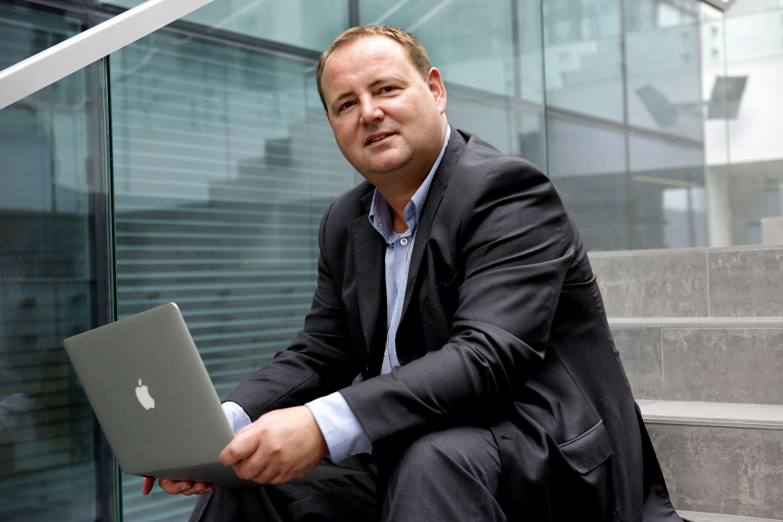 Raz w pracy raz w domu. Rozmawiamy z Aleksandrem Paszyńskim, właścicielem OnlinePR.pl, przedsiębiorcą i miłośnikiem ekosystemu Apple