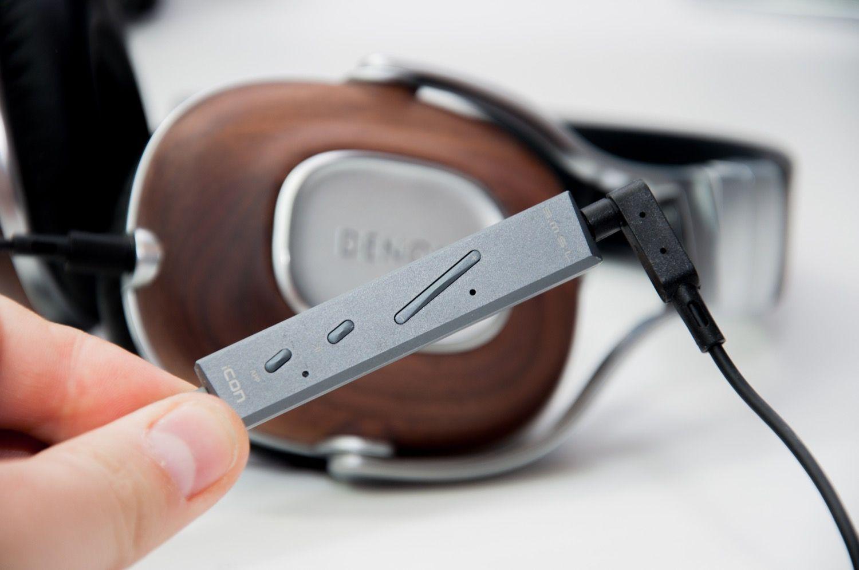 Obowiązkowy gadżet dla każdego, kto słucha muzyki z iPhone'a na słuchawkach – Wzmacniacz DAC SMSL iCON