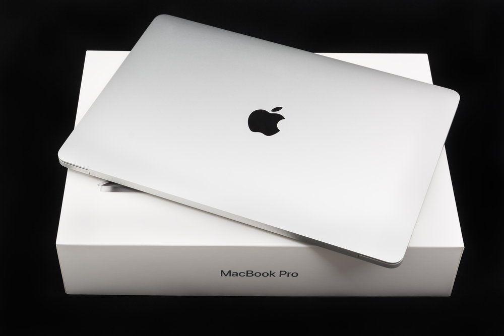 Dlaczego niektórzy wybierają Macbooka pro 13?