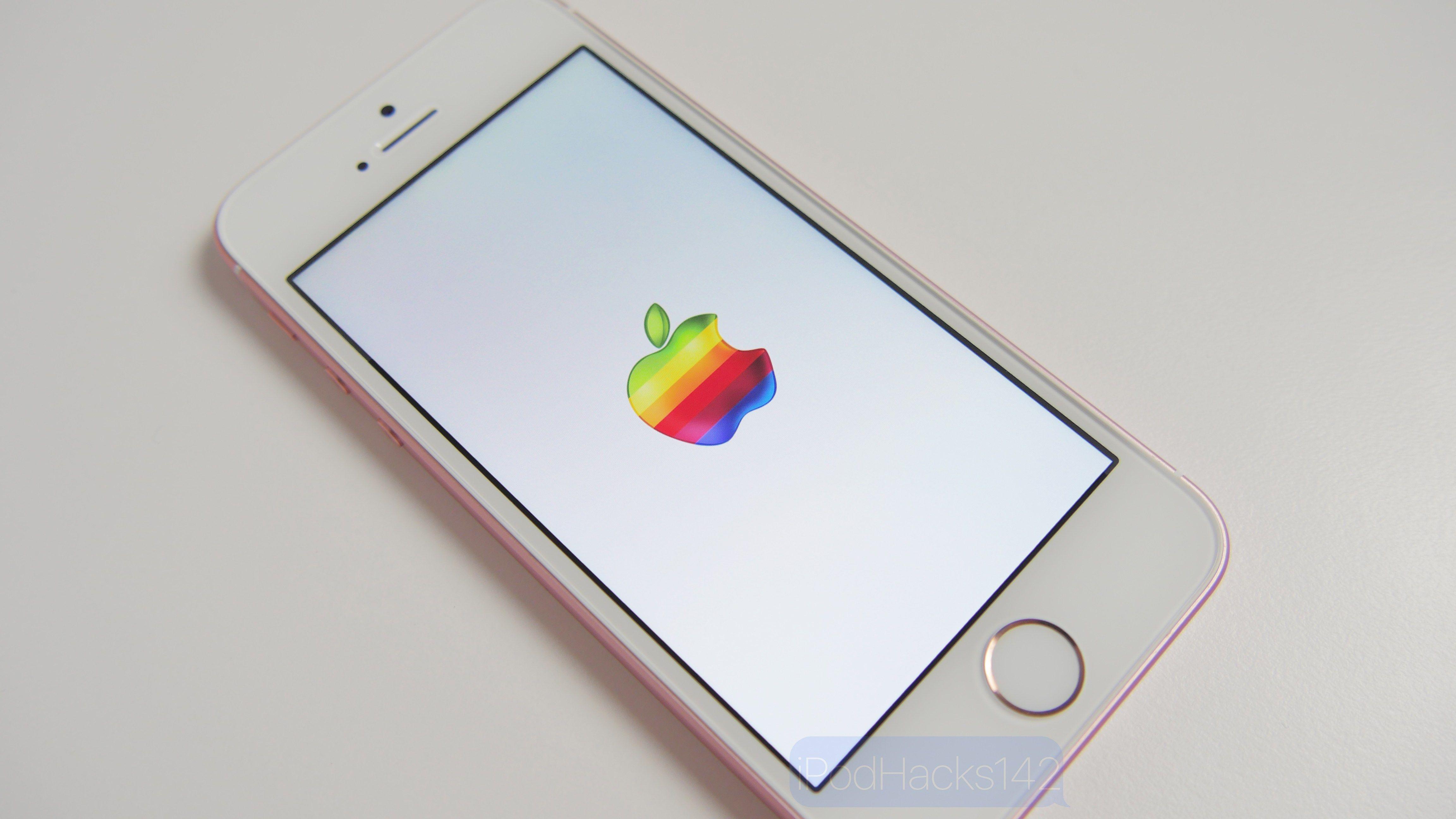 Jak zmienić logo przy uruchamianiu iPhone'a na własne bez Jailbreak'a?