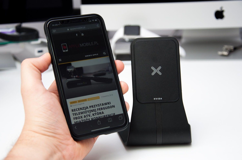 Dwa światy połączone – Indukcyjne ładowanie z magnetycznym uchwytem XVIDA Wireless Charging Desk Stand