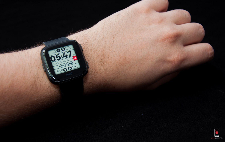 Recenzja Fitbit Versa, smartwatch'a o wielu możliwościach i świetnym wykonaniu, dostępnego w rozsądnej cenie