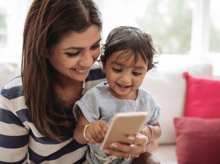 5 najbardziej przydatnych aplikacji na telefon dla młodych rodziców
