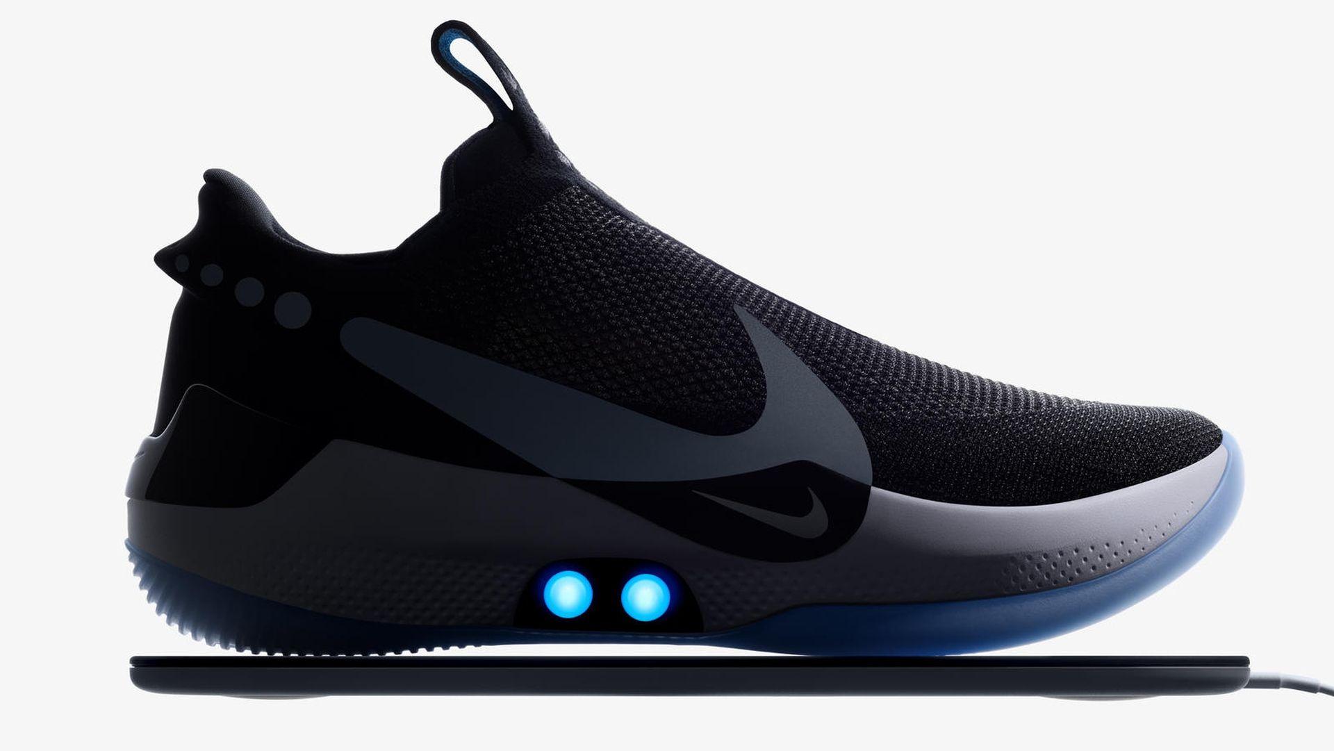 W lutym trafią do sklepów samowiążące się buty Nike
