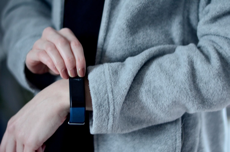 Recenzja zegarek smart media-tech active-band color MT854- smartband z wieloma funkcjonalnymi opcjami.