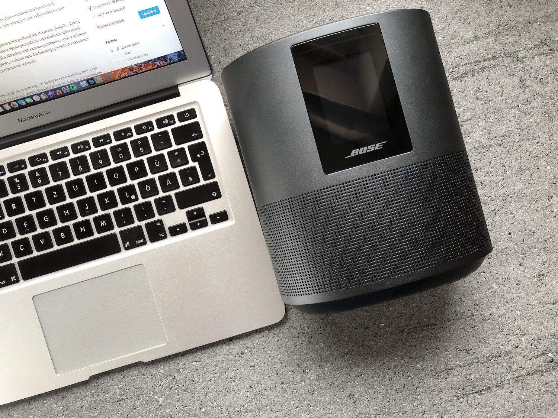 Recenzja Bose Home Speaker 500 – odpowiedź kolejnego producenta na rynek inteligentnych głośników