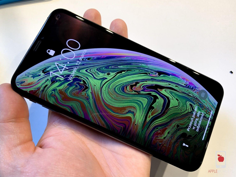wymiana ekranu w iPhone XS Max w 20 minut, bez kasowania danych w serwisie iphone APPLEMOBILE.PL