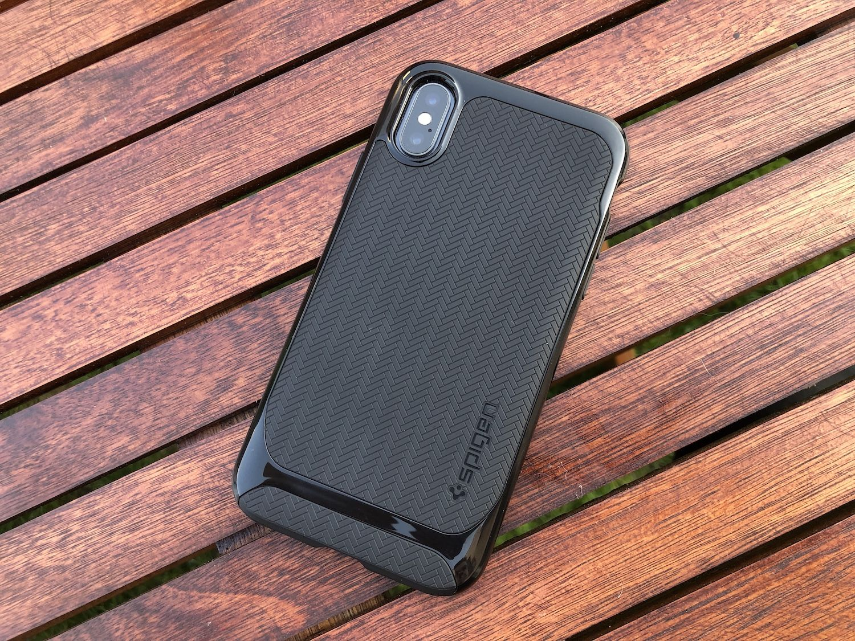 Recenzja Spigen Neo Hybrid dla iPhone'a X – case o nietuzinkowej stylistyce