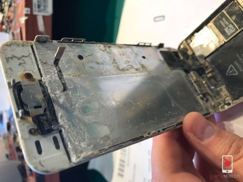 Gdzie naprawić iPhone po zalaniu w szczecinie