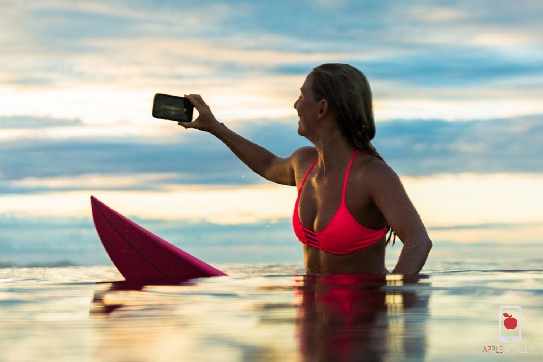 Wiele osób celowo wsadza pod wodę swojego iphone XS żeby zrobić zdjęcie. Niestety, bardzo dużo iPhone XS trafia do serwisu applemobile po zalaniu.