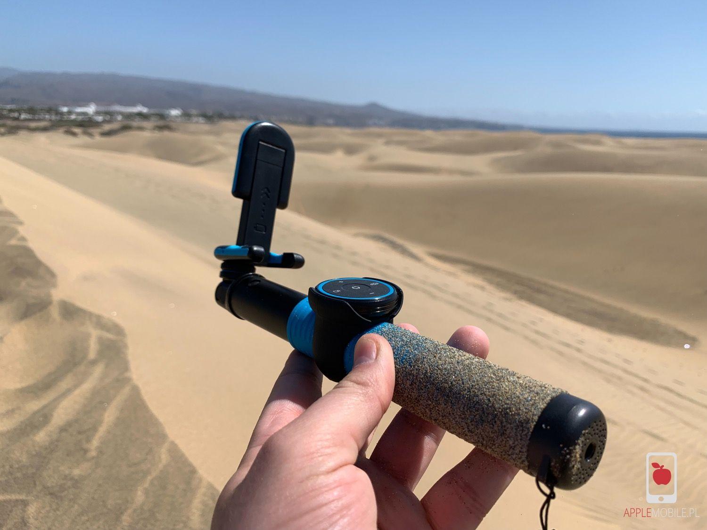 Recenzja MOMAX Selfie Hero – porządny kijek do selfie, który wykrywa gesty, steruje muzyką i robi zdjęcia