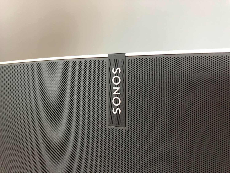 Recenzja Sonos Play:5 i Sonos Sub – zestaw multiroom'u, który robi ogromnie dobre wrażenie!