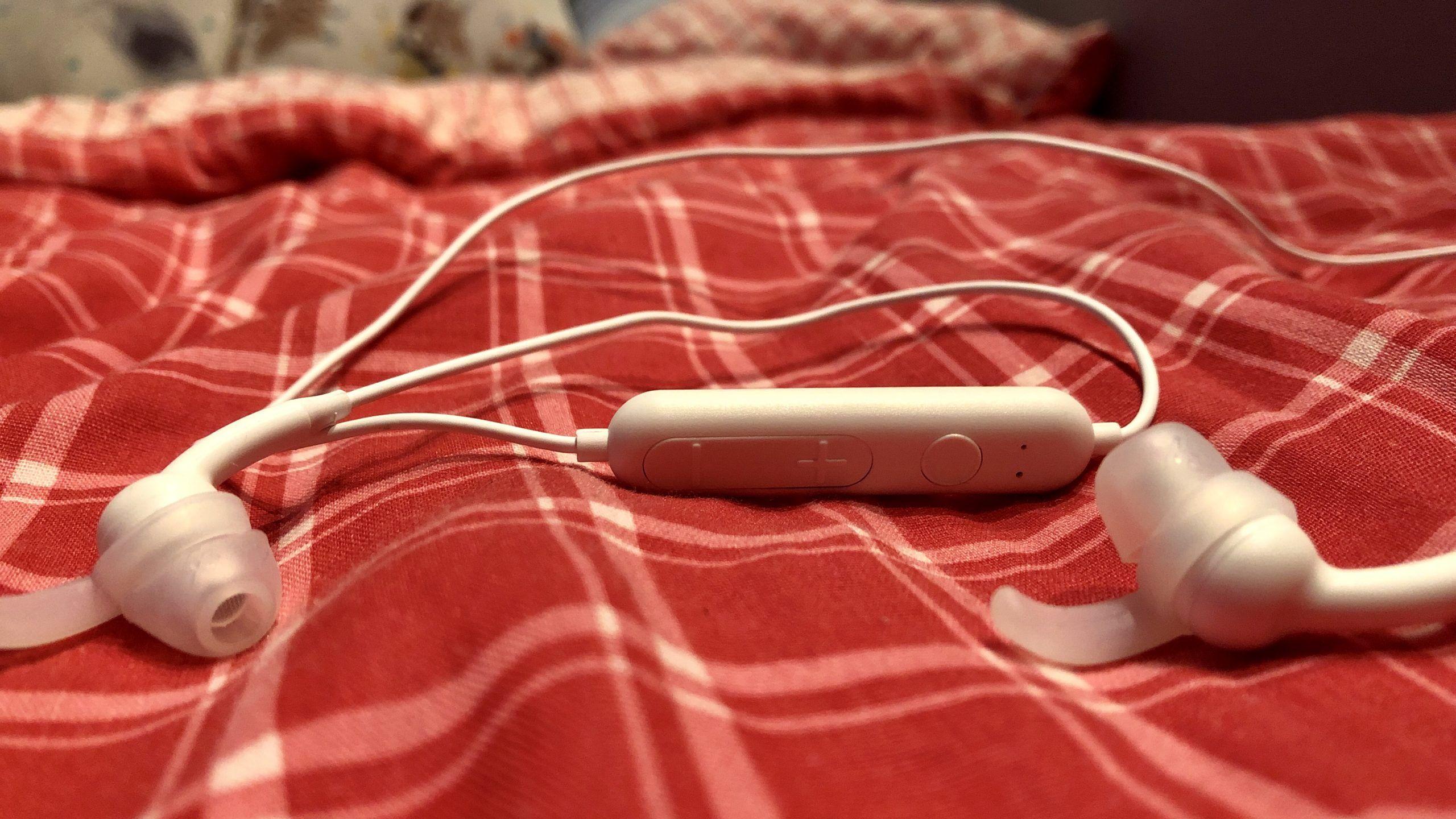 Recenzja iFrogz Free Rein 2 – słuchawki tanie jak barszcz, ale czy grające lepiej od niego?