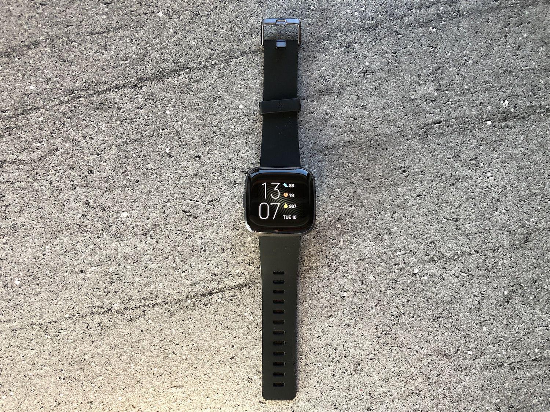 Recenzja Fitbit Versa 2 – godny i tańszy konkurent dla Apple Watch'a
