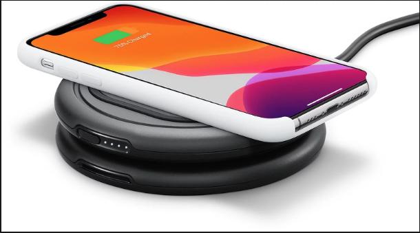 Apple dodaje do swojego sklepu bezprzewodowe systemy ładowania firmy OtterBox do układania w stosy