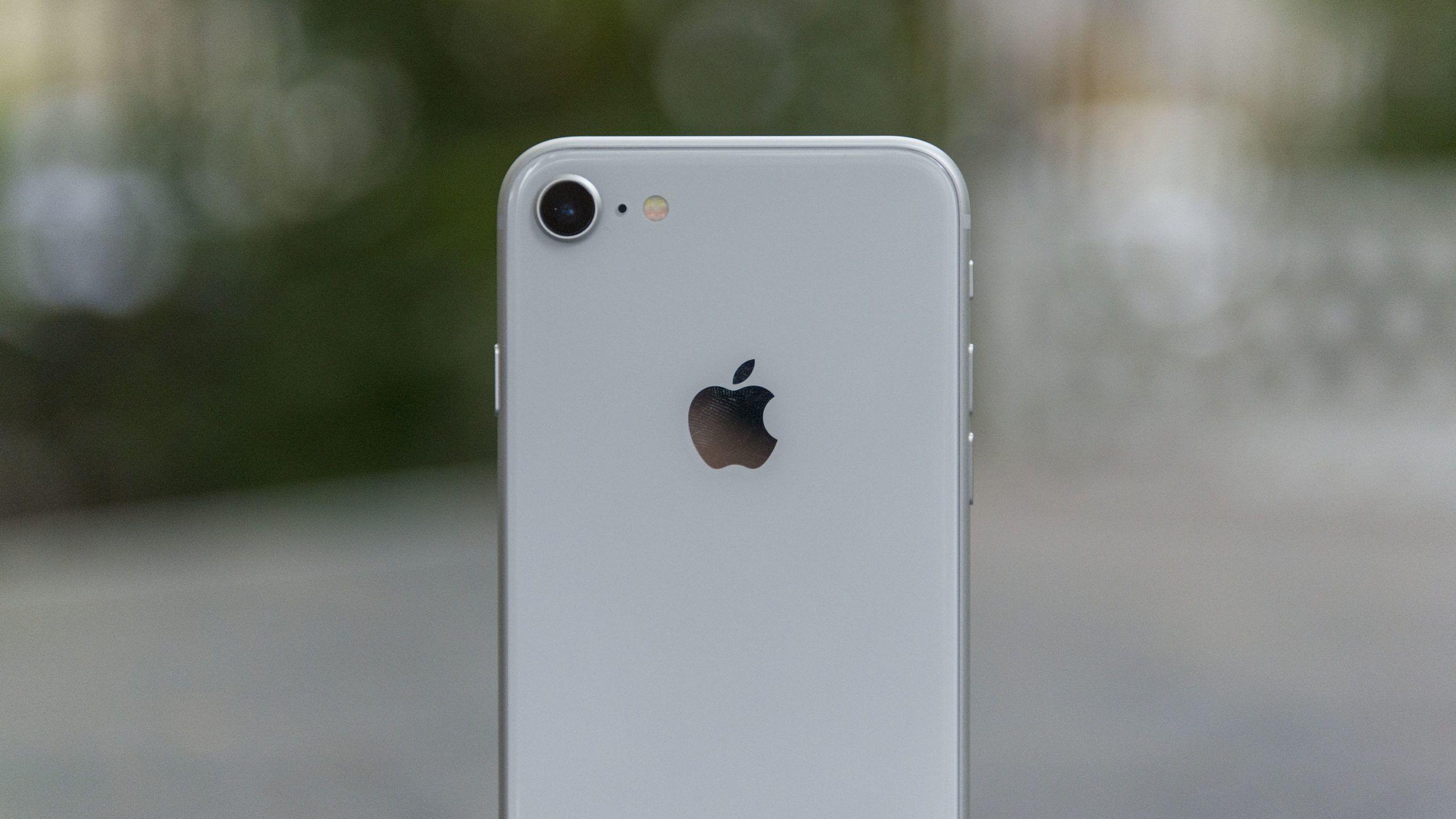 iPhone SE 2 z tylnym aparatem 7 megapikseli?