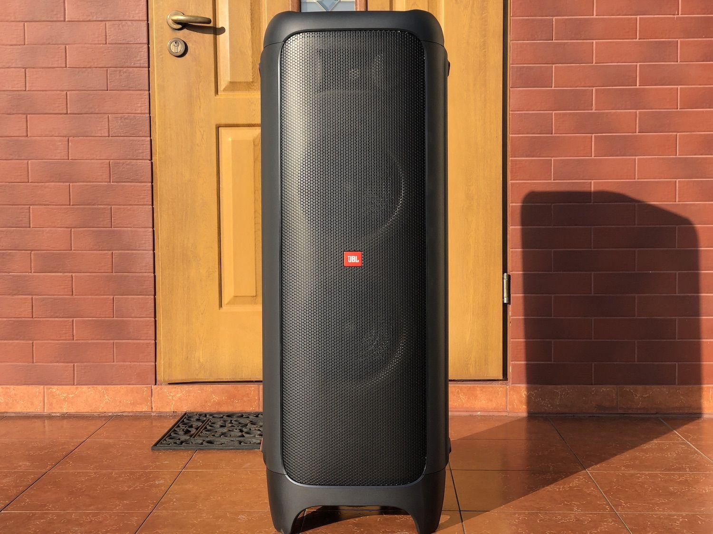 """Recenzja JBL Partybox 1000 – waga ciężka od pomarańczowych. Efekt """"WOW"""" gwarantowany!"""