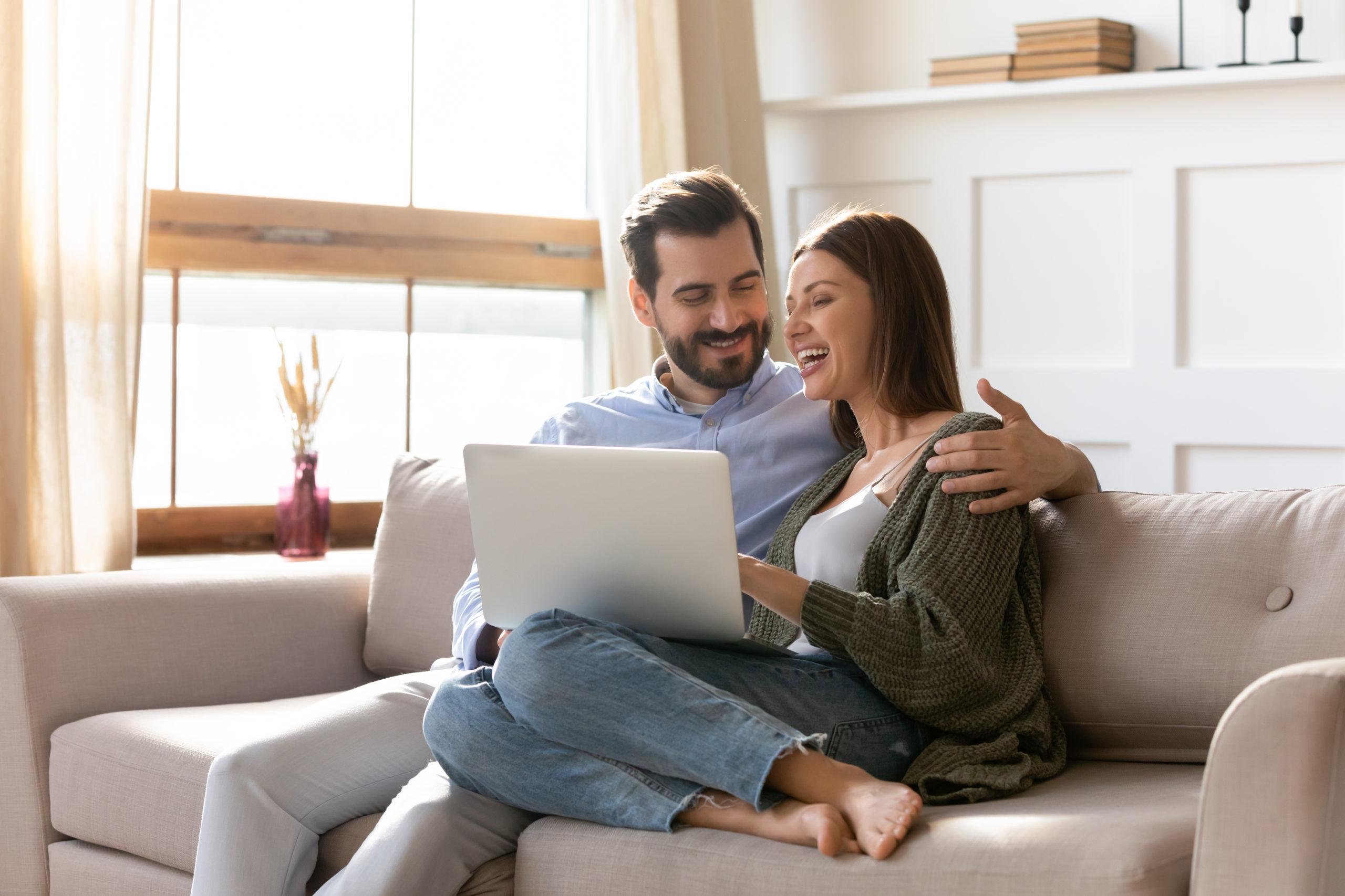 Czym kierować się przy wyborze internetu domowego?