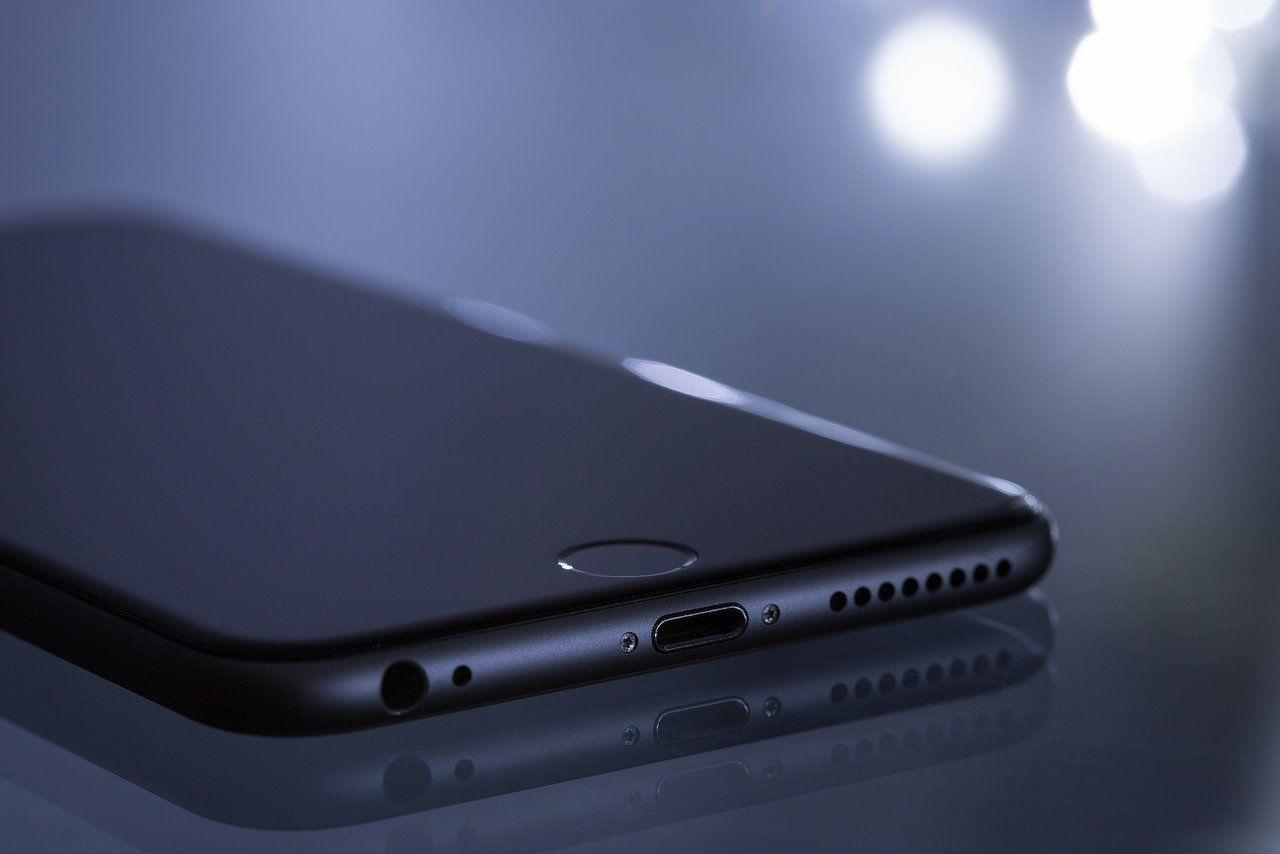 Jaki iPhone wybrać? Przewodnik po smartfonach Apple