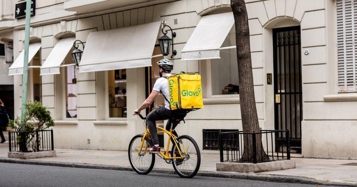 Carrefour i Glovo nawiązująwspółpracę. Zakupy do domu w mniej niżgodzinę!